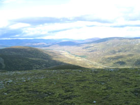 Looking along Drumochter Pass